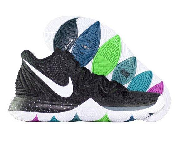 Nike Kyrie 5 Black Magic
