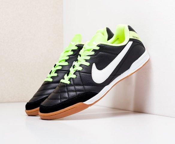Футбольная обувь Nike Tiempo черные