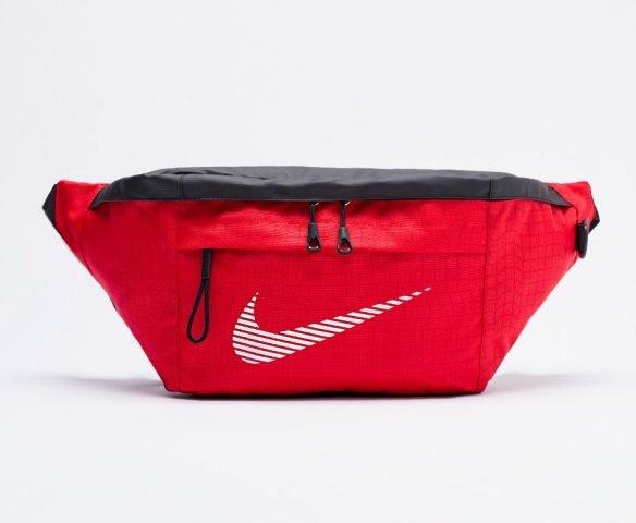 Сумка Nike поясная красная