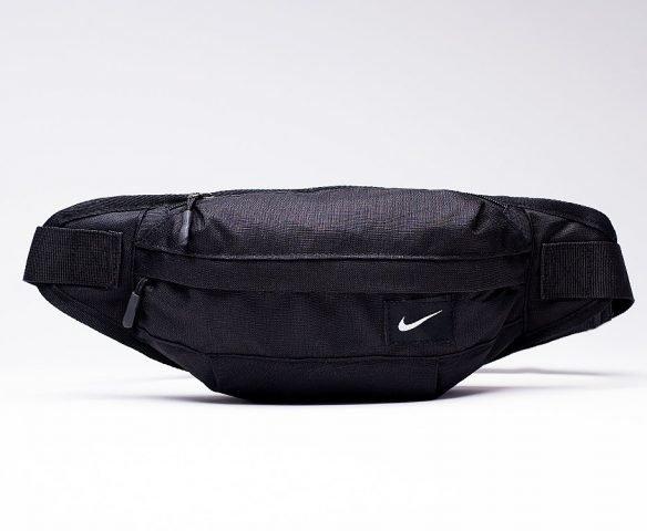 Сумка Nike на пояс черная