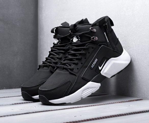 ACRONYM x Nike Air Huarache black