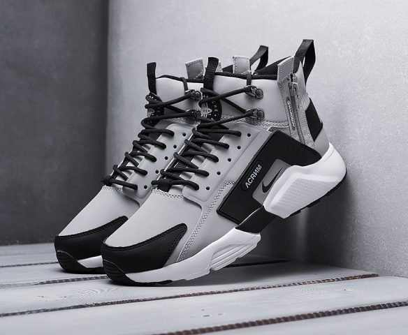 ACRONYM x Nike Air Huarache grey
