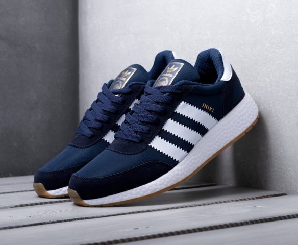 Adidas Iniki Runner Boost синие