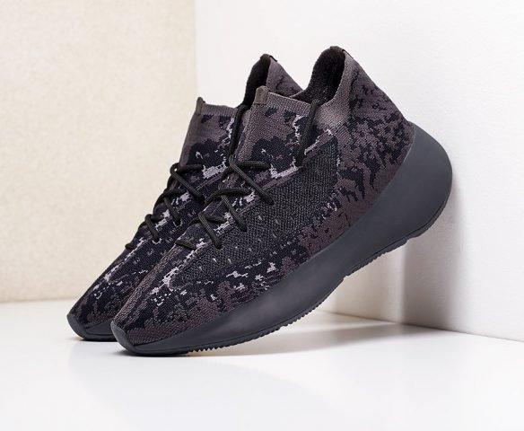 Adidas Yeezy 380 black