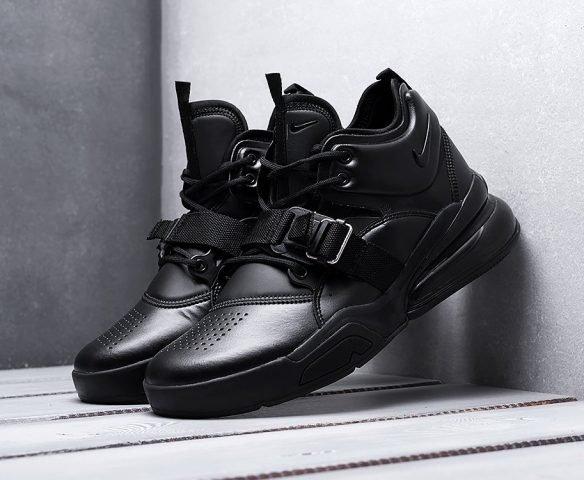 Nike Air Force 270 all black