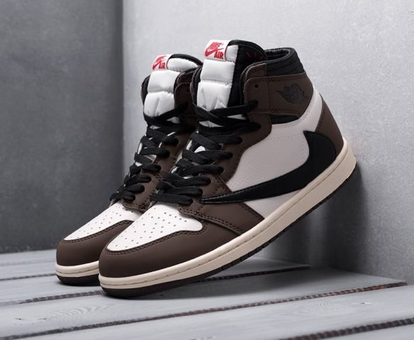 Nike Air Jordan 1 x Travis Scott бело-коричневые