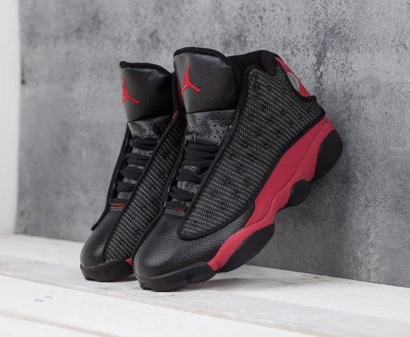 Nike Air Jordan 13 Retro black-red