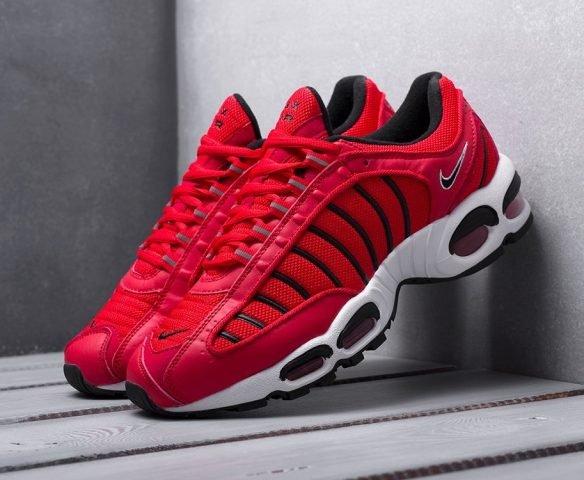 Nike Air Max Tailwind IV красные