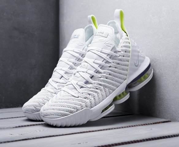 Nike Lebron XVI белые