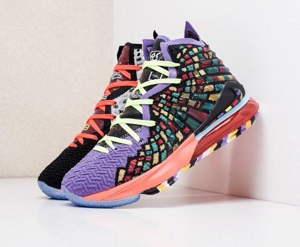 Nike Lebron XVII разноцветные
