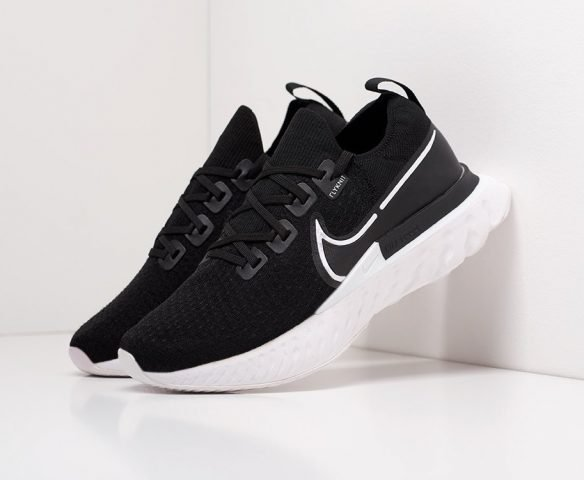 Nike React Infinity Run black