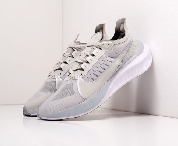 Nike Zoom Gravity серые