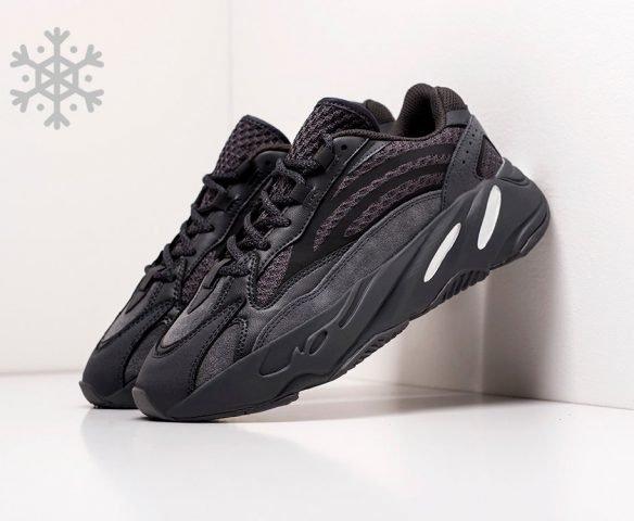 Adidas Yeezy Boost 700 v2 черные