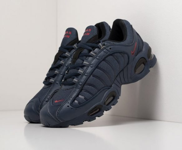 Nike Air Max Tailwind IV leather black