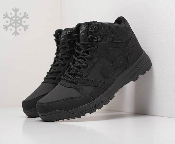 Ботинки Nike black