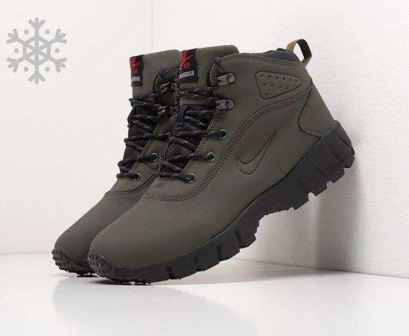 Ботинки Nike зеленые