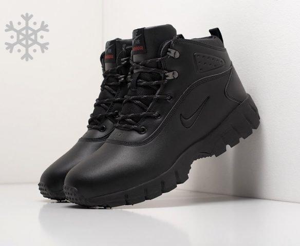 Ботинки Nike зимние черные