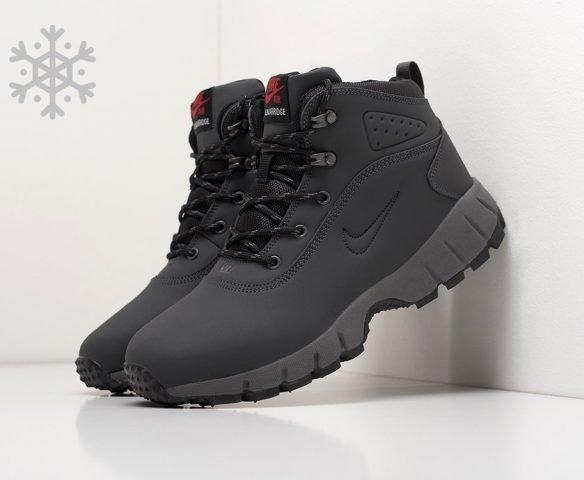 Ботинки Nike черные