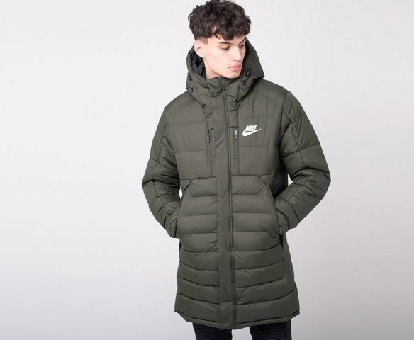 Куртка зимняя Nike зеленая