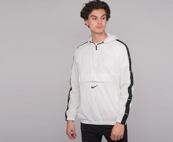 Ветровка Nike белая