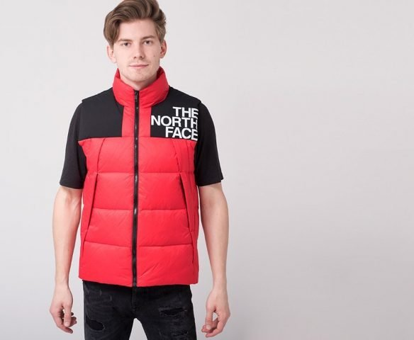 Жилет The North Face красный