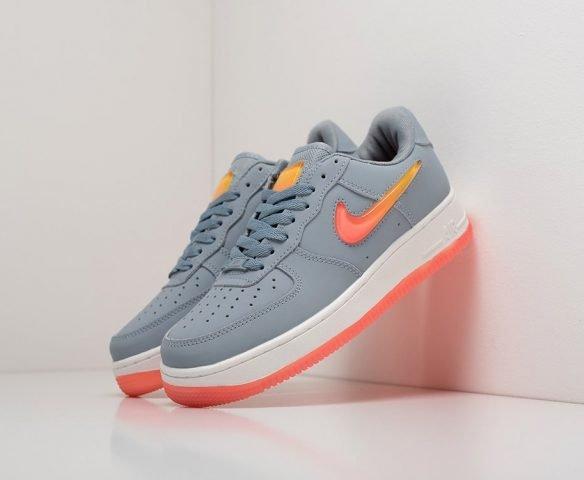 Nike Air Force 1 07 SE Premium grey