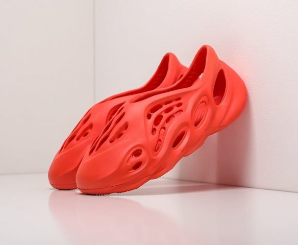 Adidas Yeezy Foam Runner красные