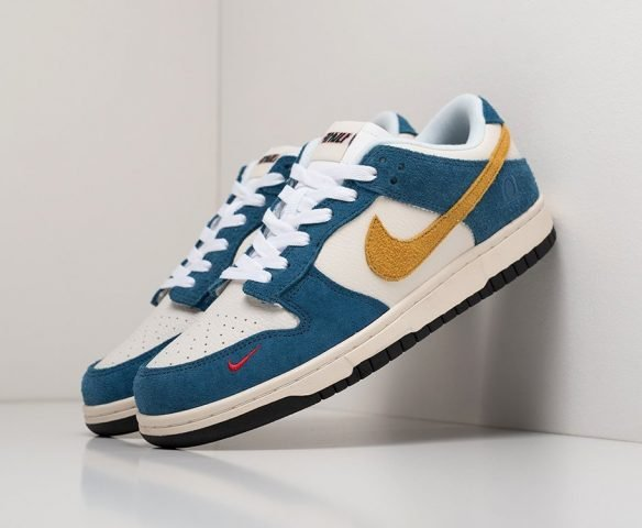 Nike SB Dunk Low white-blue