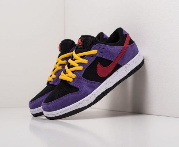 Nike SB Dunk Low black-purple