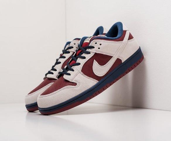 Nike SB Dunk Low beige-red